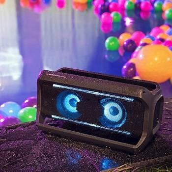 karaoke-sound-system-speakers